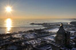 Blick aus dem Wohnzimmer: Lake Michigan zugefroren