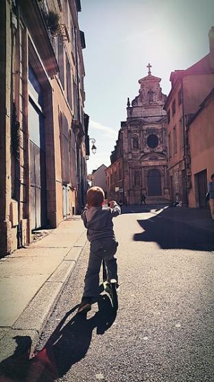 ein letztes Mal durch die Straßen von Dijon
